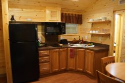 Creekside-Cabins-007